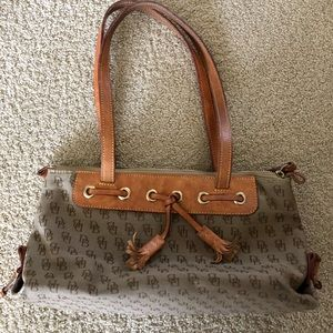 Dooney an Bourke Handbag